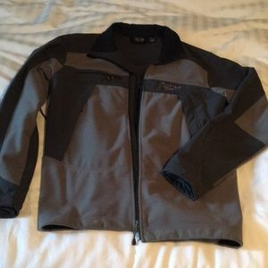 Men's Mountain Hardwear jacket